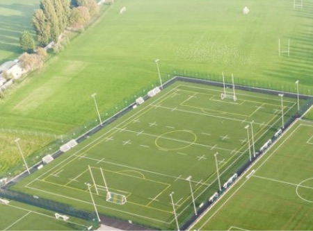 Rugby pitch with markings for a football pitch so it can interchange between the two